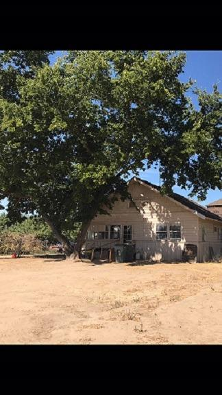 3724 Lockwood Road, Ceres, CA 95307 (MLS #18054430) :: The Del Real Group
