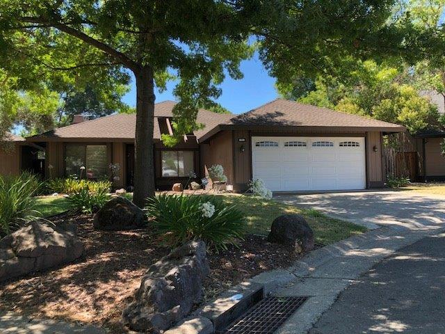 5950 Little Squaw Court, Citrus Heights, CA 95621 (MLS #18055340) :: Dominic Brandon and Team
