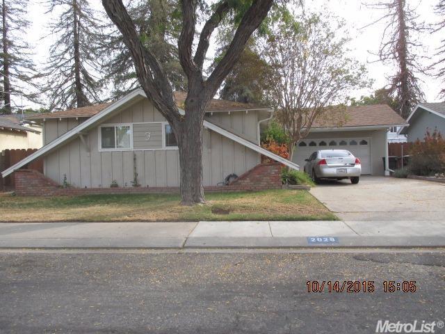 2028 Shaw Avenue, Modesto, CA 95354 (MLS #18055432) :: Dominic Brandon and Team