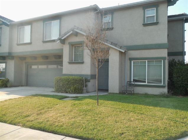 998 E J Street, Oakdale, CA 95361 (MLS #18055823) :: The Del Real Group