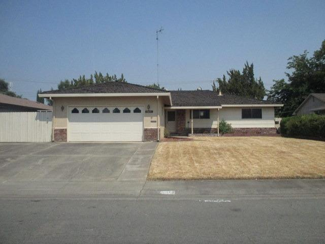 6601 14th Street, Sacramento, CA 95831 (MLS #18055889) :: REMAX Executive