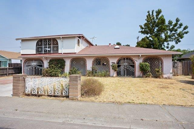 104 Wisconsin Avenue, Woodland, CA 95695 (MLS #18056262) :: Dominic Brandon and Team