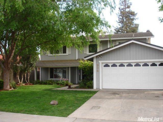 934 Oakhurst, Stockton, CA 95209 (MLS #18056392) :: Dominic Brandon and Team