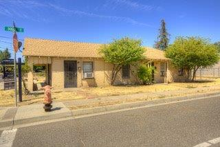 440 Dodge Avenue, Oakdale, CA 95361 (MLS #18056732) :: The Del Real Group