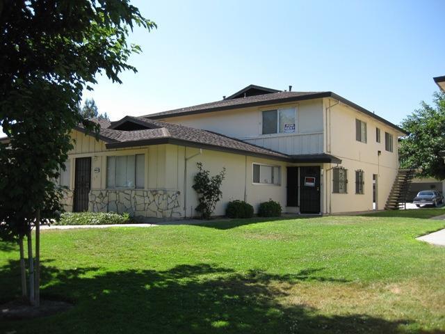 2943 Monte Diablo Avenue #2, Stockton, CA 95203 (#18057464) :: The Lucas Group