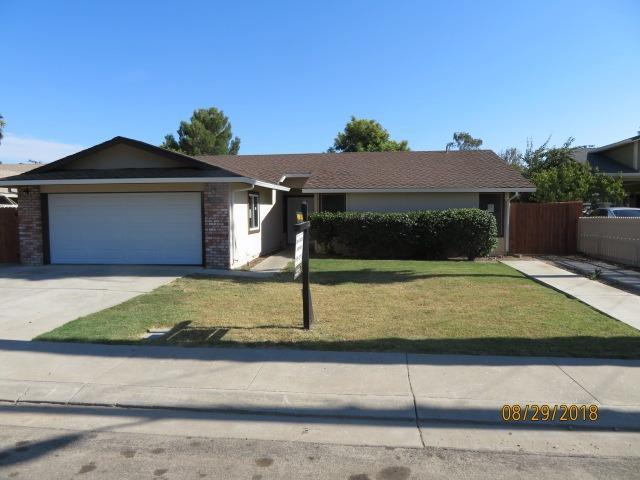 3252 Michigan Avenue, Stockton, CA 95204 (#18060386) :: The Lucas Group