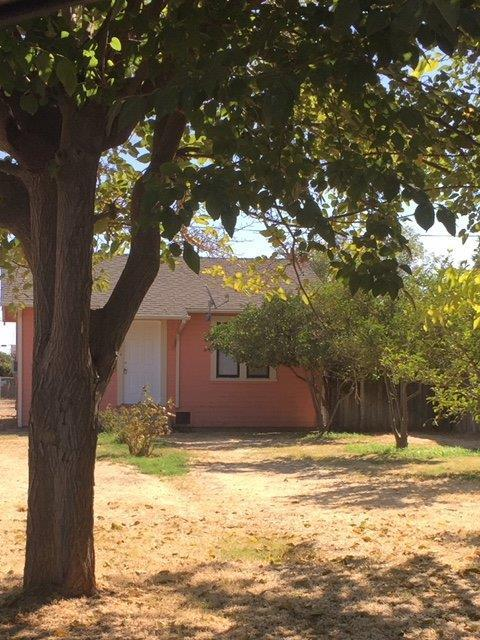 304 2nd Street, Gustine, CA 95322 (MLS #18063108) :: Keller Williams - Rachel Adams Group