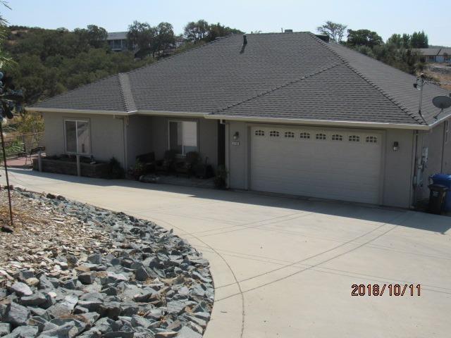 3746 Mccann Drive, Valley Springs, CA 95252 (MLS #18070539) :: The Merlino Home Team