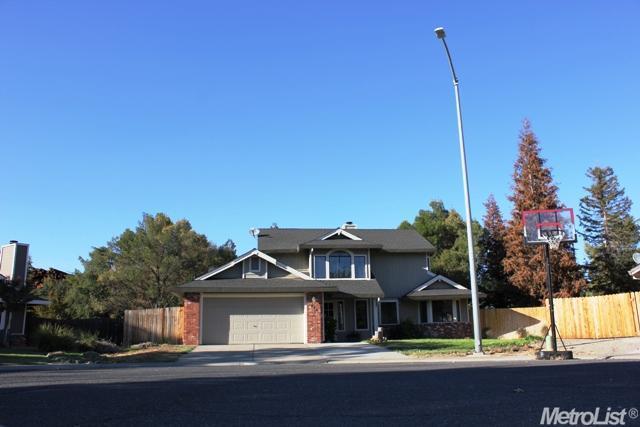 807 Dove Court, Lincoln, CA 95648 (MLS #18072593) :: Heidi Phong Real Estate Team