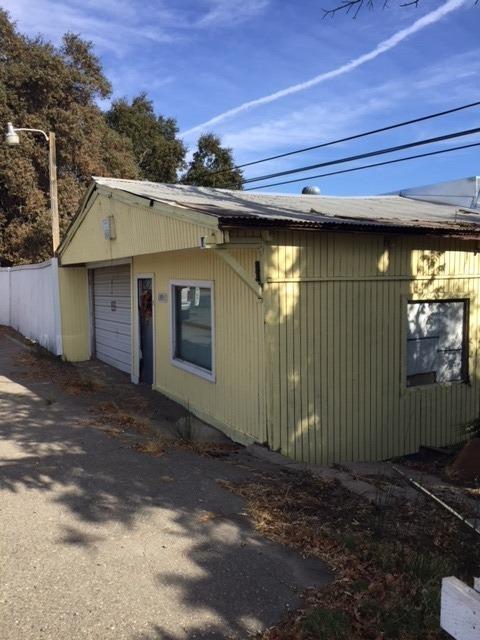 13911 River Road, Walnut Grove, CA 95690 (MLS #18073570) :: The MacDonald Group at PMZ Real Estate