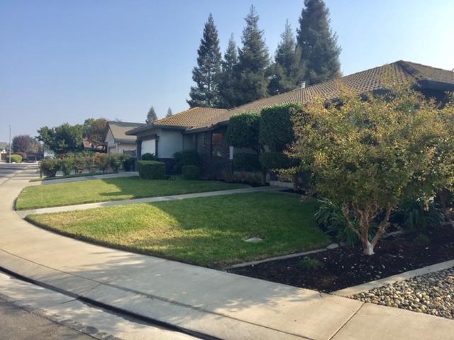 483 Cabernet Court, Escalon, CA 95320 (MLS #18077970) :: The MacDonald Group at PMZ Real Estate
