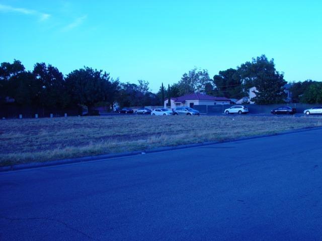 0 Moore, Madera, CA 93638 (MLS #18079285) :: The MacDonald Group at PMZ Real Estate