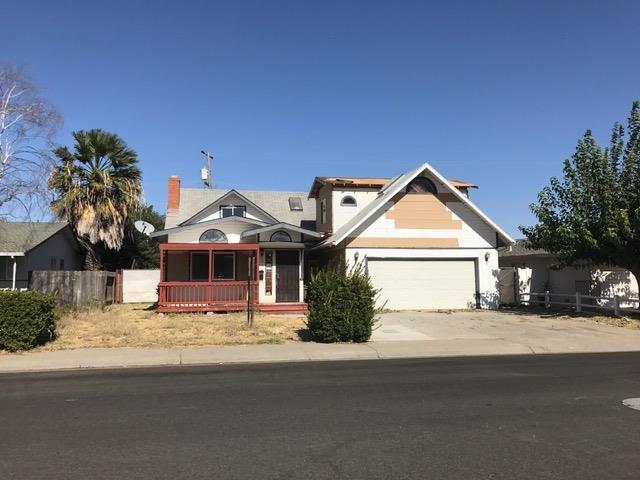 214 Pine Street, Woodland, CA 95695 (MLS #18079788) :: The MacDonald Group at PMZ Real Estate
