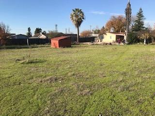 0 Stevenson, Sacramento, CA 95822 (MLS #18080798) :: The MacDonald Group at PMZ Real Estate