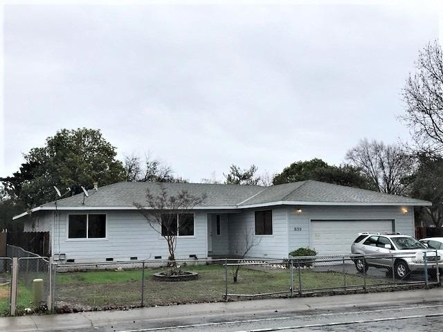 8159 Center Parkway, Sacramento, CA 95823 (MLS #19003319) :: eXp Realty - Tom Daves