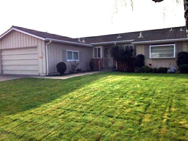 734 San Francis Avenue, Stockton, CA 95210 (MLS #19005692) :: The MacDonald Group at PMZ Real Estate