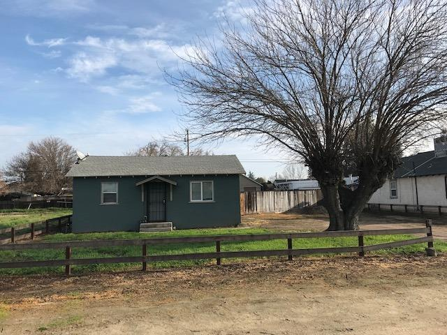 3616 Santa Fe Avenue, Denair, CA 95316 (MLS #19008967) :: The Del Real Group