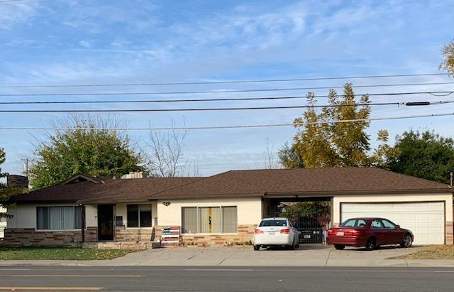 2701 E Whitmore, Ceres, CA 95307 (MLS #19009833) :: The Home Team