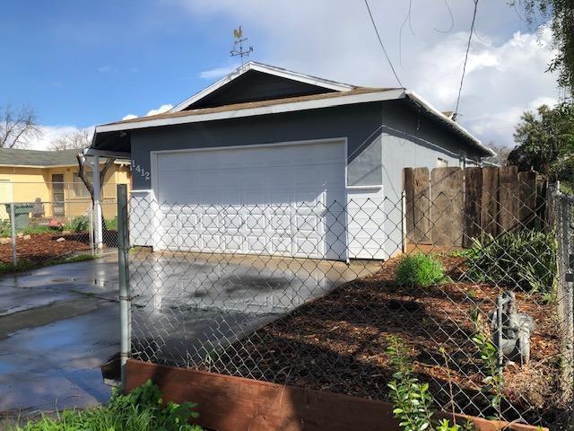 1412 Greenlawn Avenue, Modesto, CA 95358 (MLS #19011692) :: Heidi Phong Real Estate Team