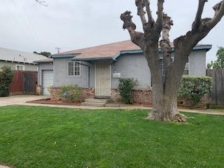 1028 W 9th Street, Merced, CA 95341 (MLS #19015177) :: The Del Real Group