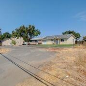 2784 E Gerard Avenue, Merced, CA 95341 (MLS #19015310) :: The MacDonald Group at PMZ Real Estate