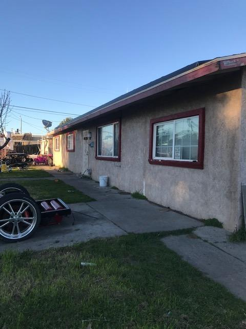 6800 1st Street, Riverbank, CA 95367 (MLS #19015621) :: Heidi Phong Real Estate Team