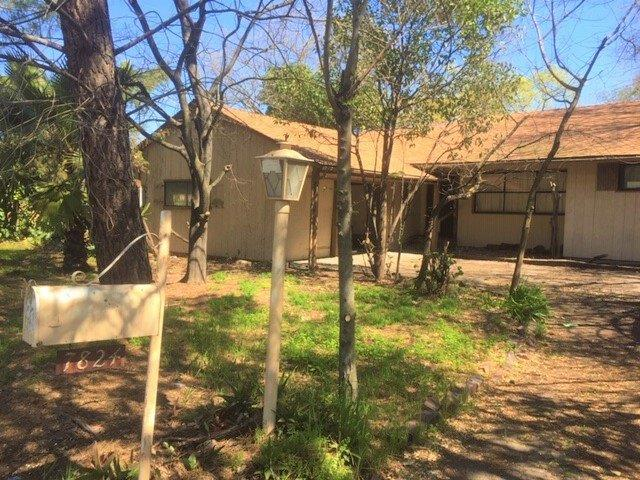 7824 N Pershing Avenue, Stockton, CA 95207 (MLS #19016359) :: The Del Real Group