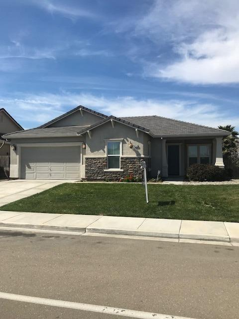 643 Balsam Drive, Newman, CA 95360 (MLS #19016369) :: The Del Real Group