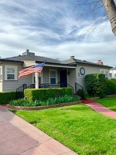 44 W Monterey, Stockton, CA 95204 (MLS #19016583) :: The Del Real Group