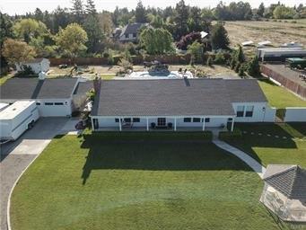 3615 N Lake Road, Merced, CA 95340 (MLS #19023504) :: The Del Real Group
