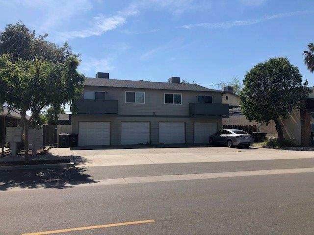 211 E Street, Waterford, CA 95386 (MLS #19025236) :: The MacDonald Group at PMZ Real Estate