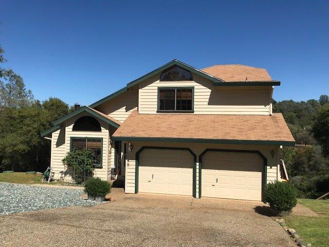 1915 Bottle Hill Court, Cool, CA 95614 (MLS #19025427) :: The Del Real Group