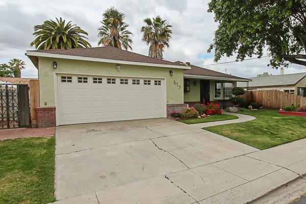 617 Willow Avenue, Manteca, CA 95337 (MLS #19033881) :: The Home Team
