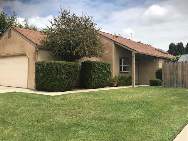 1649 Winston Circle, Oakdale, CA 95361 (MLS #19033883) :: The Home Team