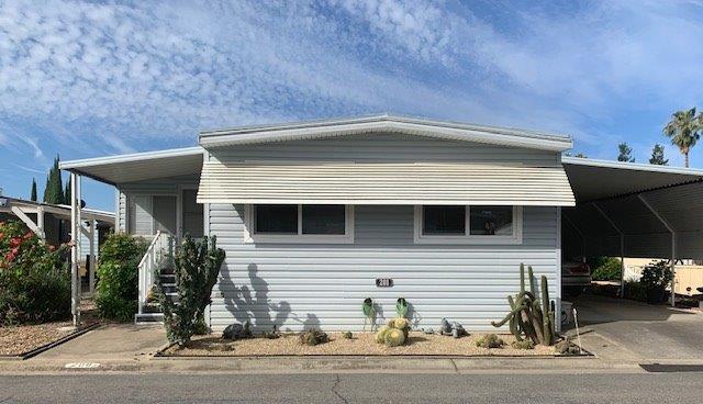 208 San Juan Drive, Lodi, CA 95240 (MLS #19040284) :: REMAX Executive