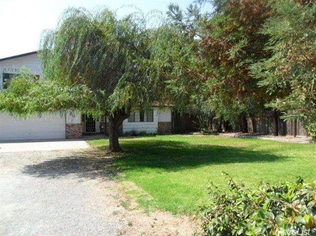 3672 E Townsend Ave, Riverbank, CA 95367 (MLS #19041091) :: The Del Real Group
