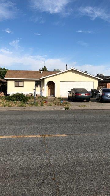 545 East Avenue, Livingston, CA 95334 (MLS #19055505) :: Heidi Phong Real Estate Team