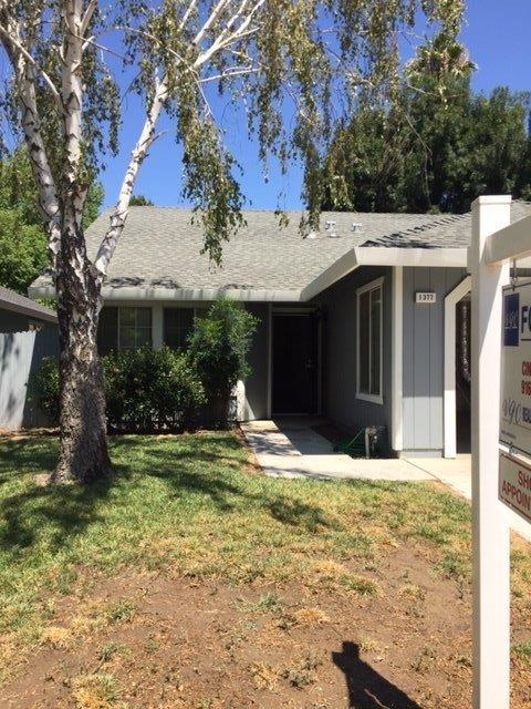 1377 Hoover Place, Woodland, CA 95776 (MLS #19057241) :: The MacDonald Group at PMZ Real Estate