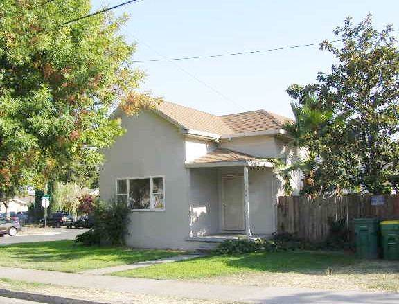 344 Blain Avenue, Stockton, CA 95204 (#19071174) :: The Lucas Group