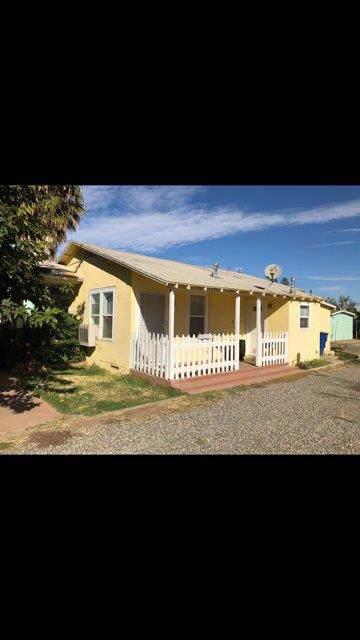 1521 Santa Fe Drive - Photo 1