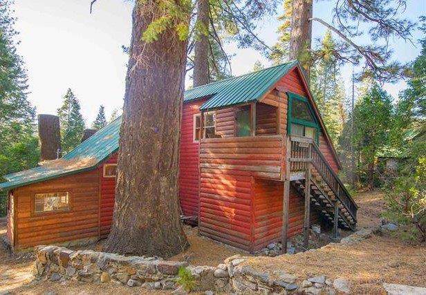 31588 Wild Oats Trail, Strawberry, CA 95375 (MLS #19075577) :: The MacDonald Group at PMZ Real Estate