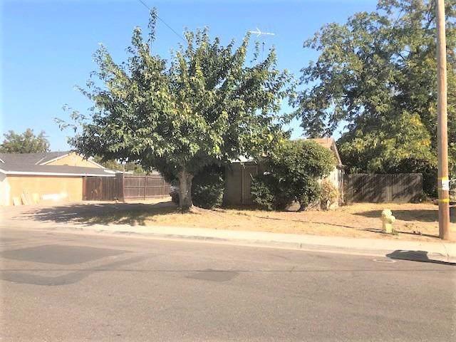 3420 9th Street, Ceres, CA 95307 (MLS #19077294) :: The MacDonald Group at PMZ Real Estate