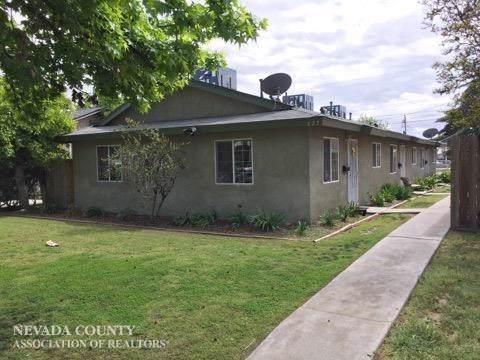 227 17th Street, Bakersfield, CA 93301 (MLS #20001843) :: The MacDonald Group at PMZ Real Estate