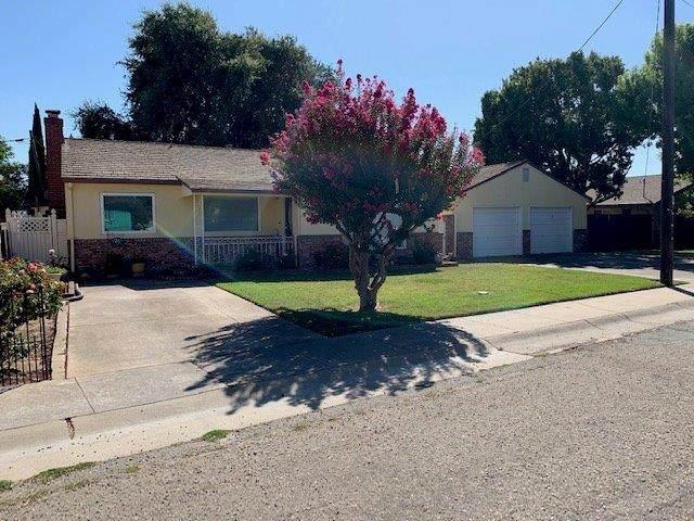 26 4th Avenue, Isleton, CA 95641 (MLS #20013092) :: The MacDonald Group at PMZ Real Estate