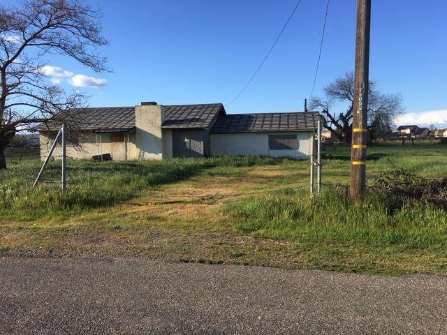 3231 Minniear Avenue, Modesto, CA 95357 (MLS #20017658) :: The MacDonald Group at PMZ Real Estate