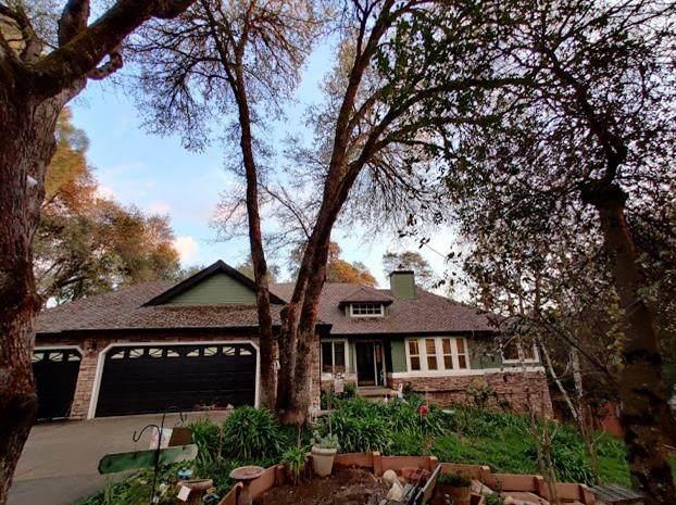 4064 Sayoma Lane, Placerville, CA 95667 (MLS #20017715) :: Keller Williams - Rachel Adams Group