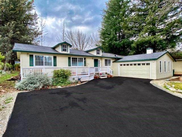 18691 Lake Forest Dr Drive, Penn Valley, CA 95946 (MLS #20055475) :: Keller Williams - The Rachel Adams Lee Group