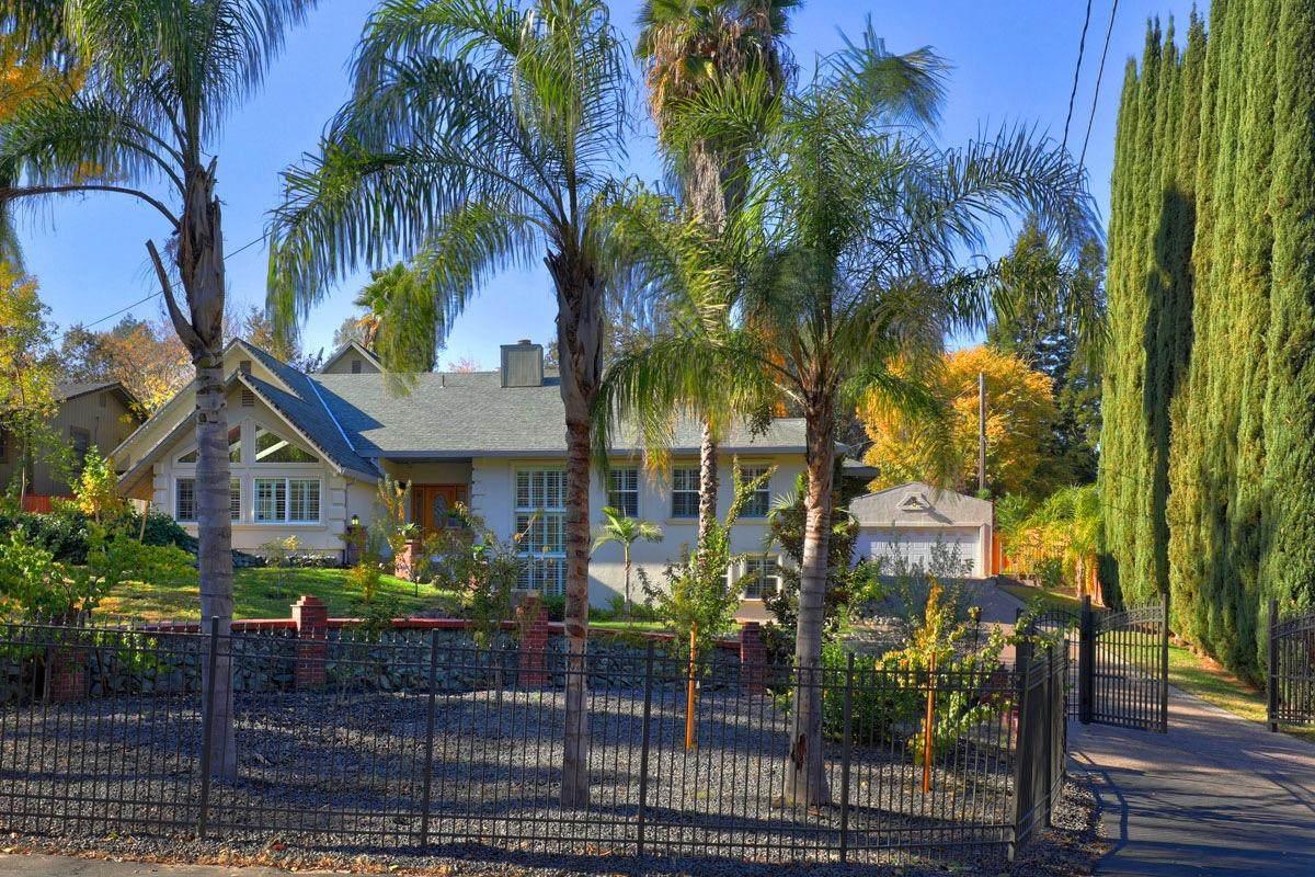 3721 Casa Loma Way - Photo 1