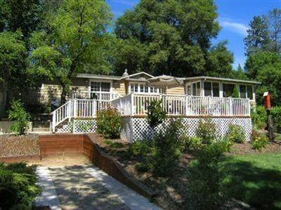 7301 Green Valley Road, Placerville, CA 95667 (#221008459) :: Jimmy Castro Real Estate Group