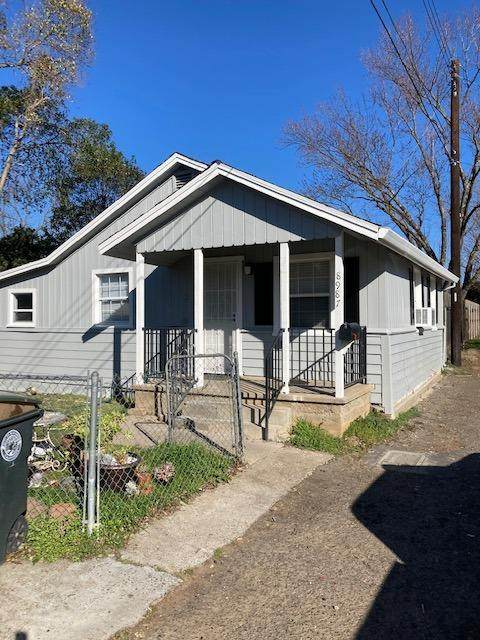 8987 Sierra St, Elk Grove, CA 95624 (#221012158) :: Jimmy Castro Real Estate Group